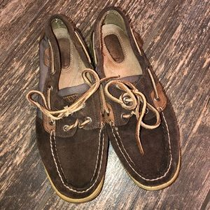 Sperry soft leather boat shoes